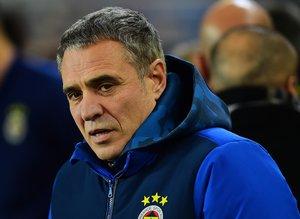 Fenerbahçe'de taşlar yerinden oynuyor! Ersun Yanal'dan flaş karar