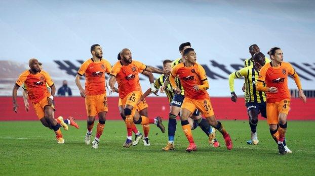 Spor yazarlarından Fenerbahçe-Galatasaray derbisi yorumu! #