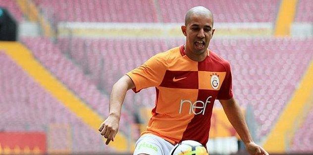 Feghouli yine kulübede