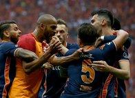 """Marcao'dan olay Emre Belözoğlu paylaşımı! """"Korkaksın"""""""
