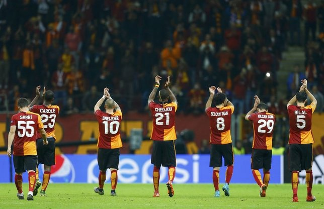 G.Saray-Benfica maçından kareler