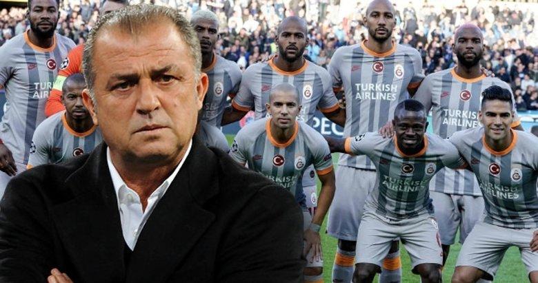 Galatasaray'da sıcak saatler... 9 futbolcu için 2021 kararı! Son dakika transfer haberleri