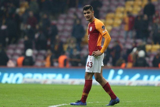 Galatasarayda flaş Ozan Kabak gelişmesi! Görüşmeler başlıyor