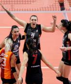 Galatasaray HDI Sigorta tur için sahaya çıkıyor