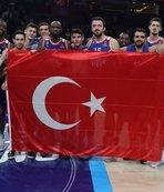 Anadolu Efes Kızılyıldız'ı farklı geçti