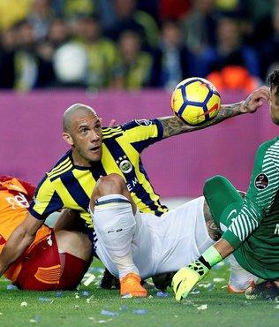 Galatasaray tarihi fırsatı 90+4'te kaçırdı