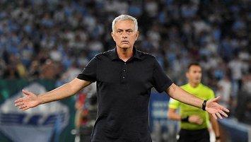 Mourinho mağlubiyetin faturasını futbolculara kesti!