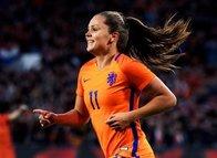 Dünyanın en iyi kadın futbolcuları