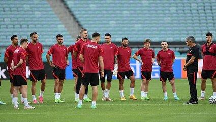 Son dakika spor haberi: A Milli Takım'ımız Galler maçı hazırlıklarını tamamladı (EURO 2020 haberi)