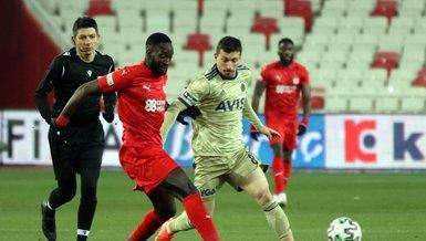 Fenerbahce fall 2 points behind Besiktas in Super Lig