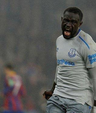 Oumar Niasse'ye tarihi ceza!.. Premier Lig'de bir ilk