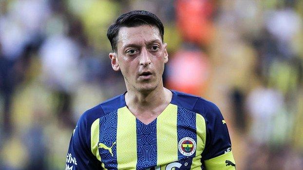 Mesut Özil'den transfer açıklaması! Fenerbahçe varsa gerisi önemli değil