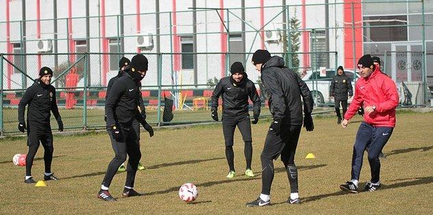 Eskişehirspor'da hazırlıklar sürüyor