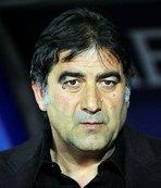 Trabzonspor'dan eski futbolcu İsmail Gökçek'e ziyaret