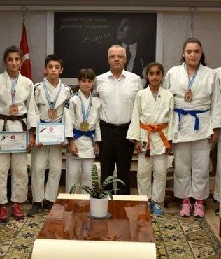 Kayda, başarılı judocuları ödüllendirdi