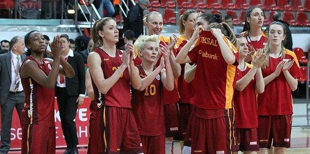 Kadınlar Basketbol Süper Ligi'nde Galatasaray İstanbul Üniversitesi'ni 80-75 yendi