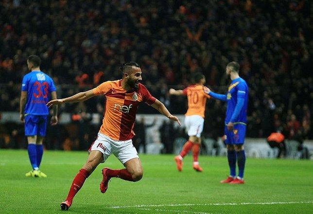 Galatasaraylı yıldız Beşiktaşa gidiyor!