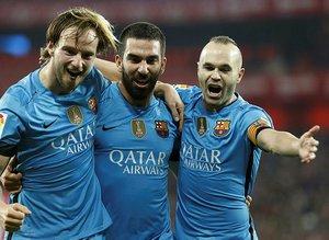 """HIncal Uluç: """"Iniesta milyonların önünde veda ederken Arda Turan..."""""""