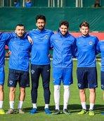 Kasımpaşa'da 5 futbolcu profesyonel yapıldı