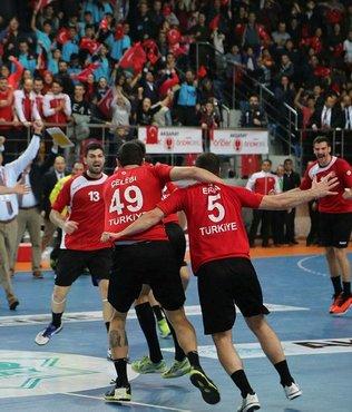 A Milli Hentbol Takımı, Hollanda'yı 30-27 yendi