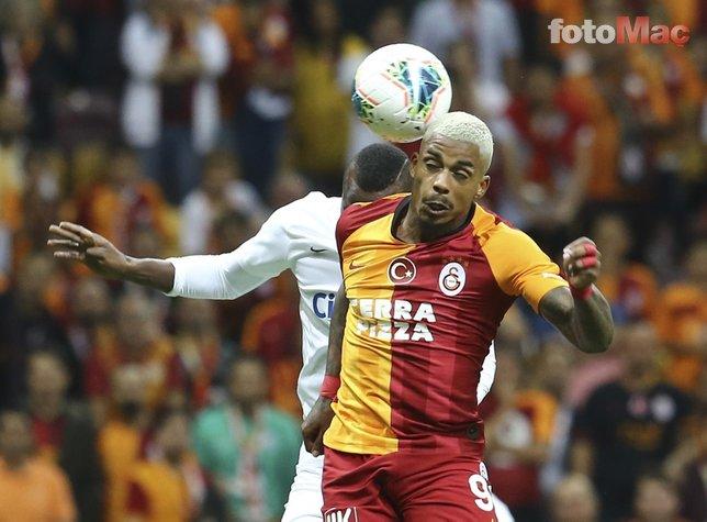 Galatasaray-Kasımpaşa mücadelesinden kareler