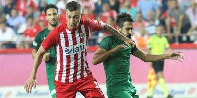 Antalyaspor kaçamadı