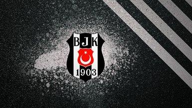 Mario Mandzukic ve Bafetimbi Gomis Beşiktaş'a haber gönderdi!
