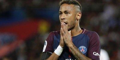 Neymar Barcelona'ya dönebilmek için ağladı