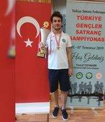Canalp Cansun Türkiye Satranç şampiyonu