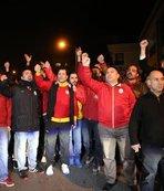 G.Saraylı taraftarlardan Sneijder protestosu