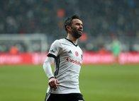 Beşiktaşlı Gökhan Gönül'e Fulham talip!