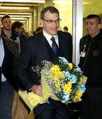 Fenerbahçe çiçeklerle karşılandı
