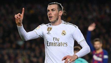 Bale imzayı atıyor