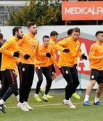 Galatasaray, Göztepe maçı için İzmir'e gitti
