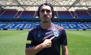 Trabzonspor yeni sezonun son formasını tanıttı
