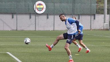 Son dakika spor haberleri: Fenerbahçe'ye müjdeli haber! Serdar Dursun idmanlara başladı