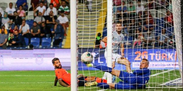 MAÇ SONUCU: Başakşehir 0-1 Olympiakos | MAÇ ÖZETİ