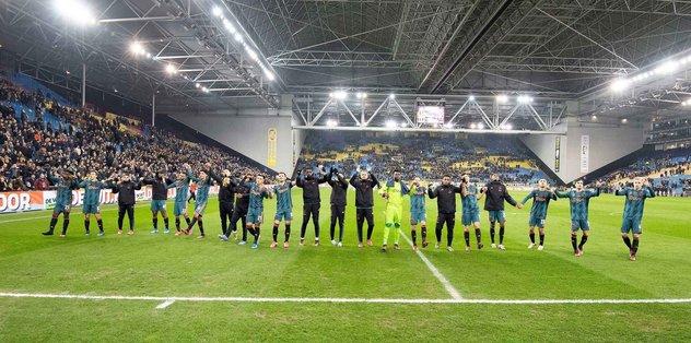 MAÇ SONUCU Vitesse 0-3 Ajax