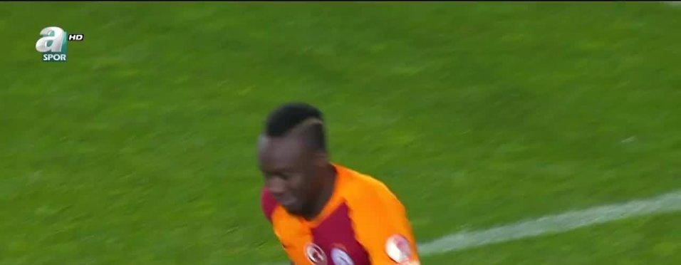 Galatasaray Diagne'nin satışını bekliyor