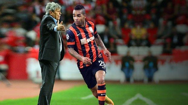 Mircea Lucescu Beşiktaş'ın gözdesi Alex Teixeira'yı yorumladı! En büyük özelliği...