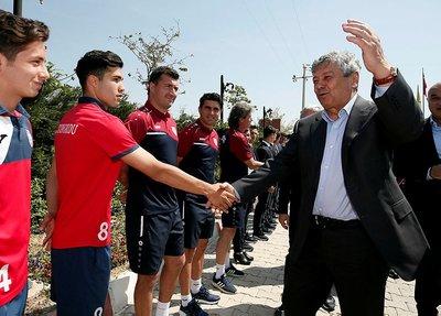 Lucescu Altınordu'yu ziyaret etti