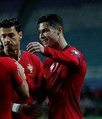Ronaldo'nun takımından da asker selamı!