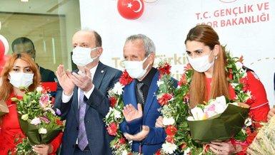 Son dakika spor haberi: Olimpiyat şampiyonu Golbol Kadın Milli Takımı için Ankara'da karşılama töreni düzenlendi!