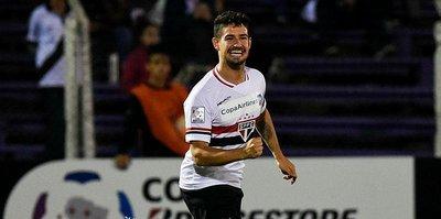 Sürpriz transfer Pato