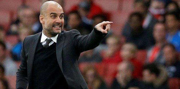 Premier Lig'de ayın teknik direktörü Guardiola