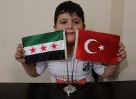 Suriye savaşında ayağını kaybeden küçük Hamis'e sürpriz! Mohammed Salah ve Santos...