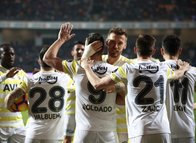 Fenerbahçe'de tarihi rakam! Dokuz...