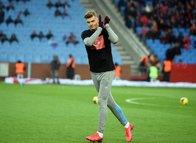 Trabzonspor Sörloth için kararını verdi!