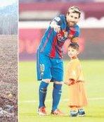 Poşetten Messi hayaline kavuştu