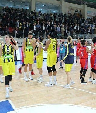 Son yarı finalist Fenerbahçe (PTT Kadınlar Türkiye Kupası)